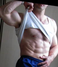 natural bodybuilder abs